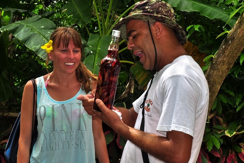 Outback guide showing how to fill Mamajuana bottle in Punta Cana