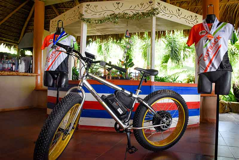 new mountain bike for winner and jerseys on ranch in Punta Cana - Dominican Republic