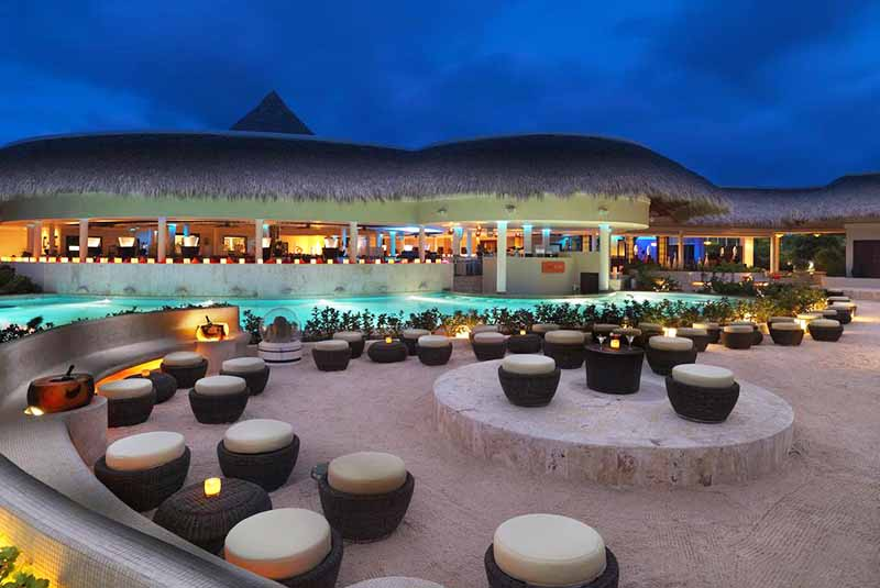 beach restaurant setting in Paradisus Palma Real in Punta Cana - Dominican Republic