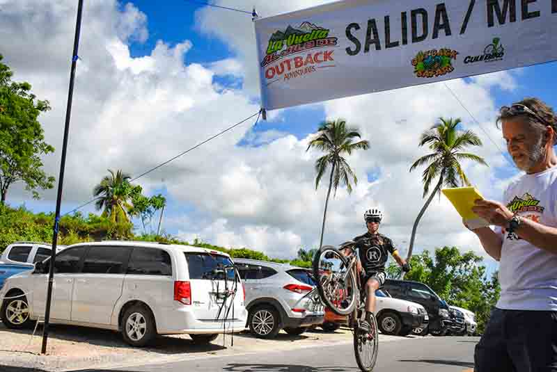 finish line banner for mountain bike race in Anamuya - Dominican Republic