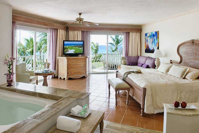 hotels honeymoon suite with beach view in Excellence Punta Cana hotel - Dominican Republic