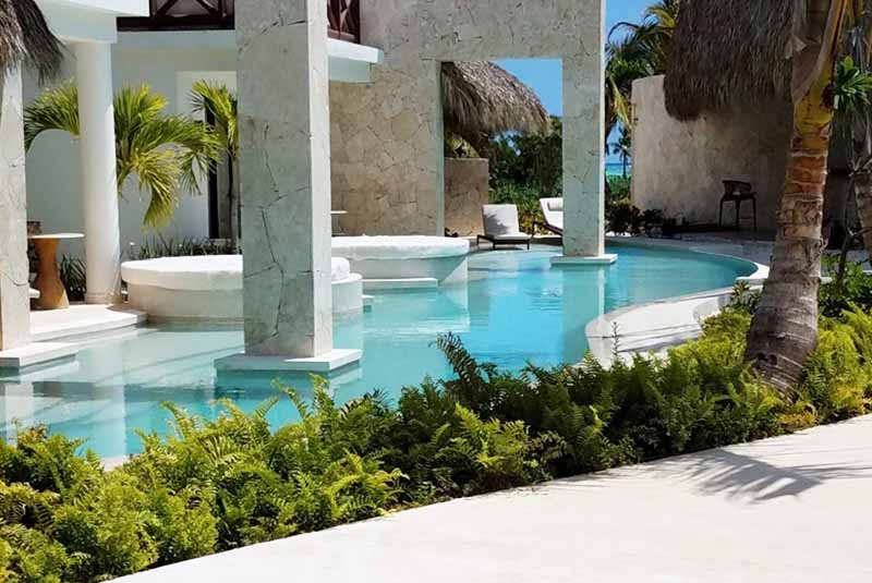 swim out pool from rooms of Secrets Cap Cana - Dominican Republic