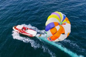 boat pulling parasailing and guests in Bavaro - Dominican Republic